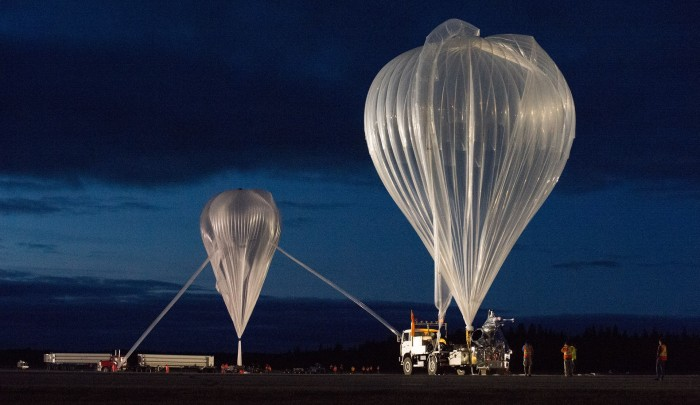Near the boundaries of Space: stratospheric balloons