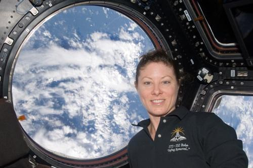 Tracy Caldwell Dyson - ISS - NASA